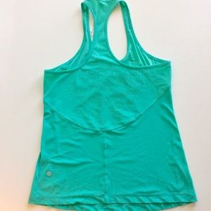 lululemon athletica Tops - Lululemon Razorback Top Foxy Fitness. Size 8.